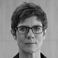 Annegret Kramp-Karrenbauer Ministerpräsidentin Saarland